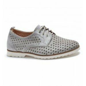 Earth Camino Silver Metallic Suede Oxford Shoes 8